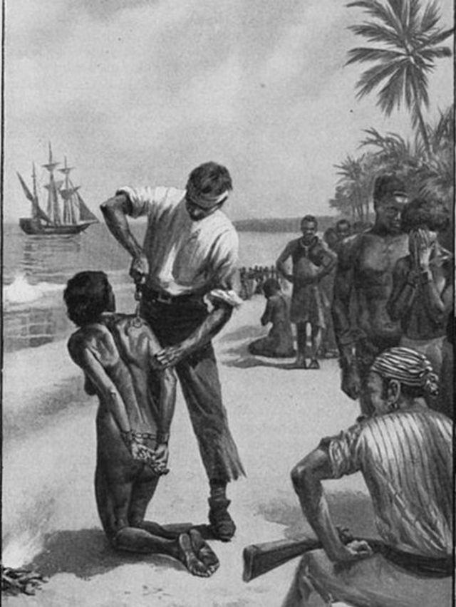 Ilustração mostra europeus marcando uma mulher africana na costa da África, antes de ser trasportada por navios negreiros