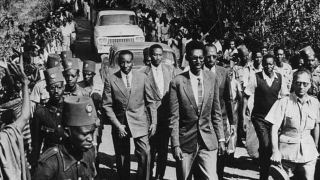 La monarchie rwandaise a été abolie en 1961 par référendum, un an avant l'indépendance.