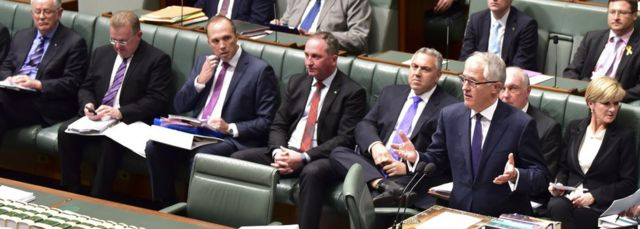 Malcolm Turnbull and cabinet ministers in parliament in Australia (15 Sept 2015)