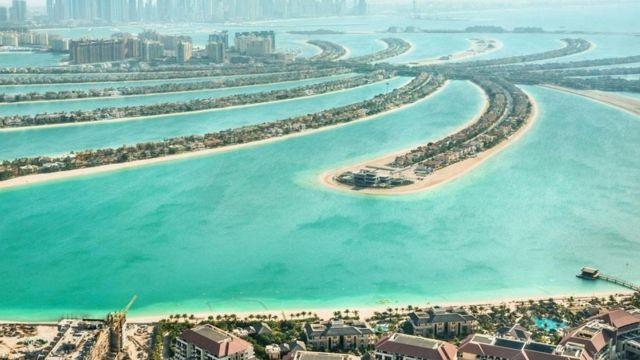 दुबई में समंदर पर बसाया गया जजीरा