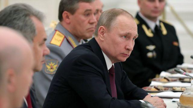 الفاينانشال تايمز: الرئيس الروسي فلاديمير بويتن، كان دوما يتكلم عن حرب معلومات أكبر حجما واتساعا