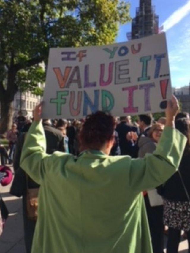 Head teachers' polite protest over funding in England