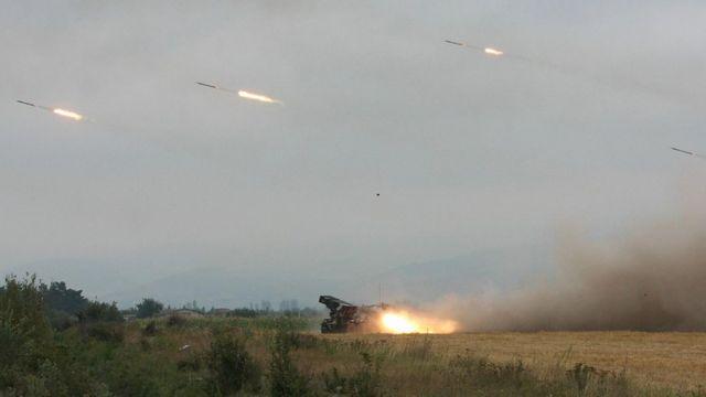 Грузинские реактивные установки неподалеку от Цхинвали. Снимок сделан 8 августа