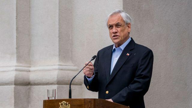 Sebastián Piñera hablando el 26 de octubre a la nación