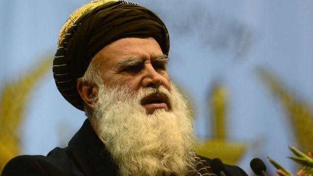 عبدالرب رسول سیاف د افغانستان د یوه جهادي مشر په توګه پېژندل کېږي چې د جهاد په کلونو کې يې له سعودي عربستان سره نژدې اړيکې درلودې.
