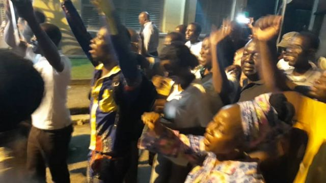 Cameroon Police arrest opposition protesters for Douala