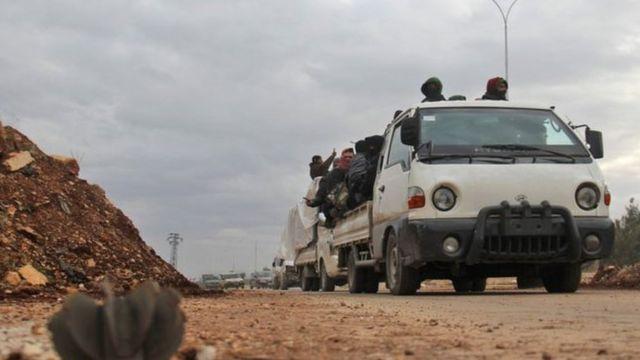 المدنيون والمسلحون الذين يتم إجلاؤهم من الأحياء الشرقية في حلب يستقرون في محافظة إدلب