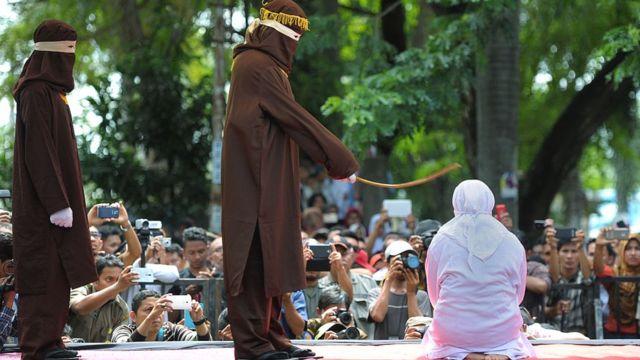 aceh, zina, indonesia