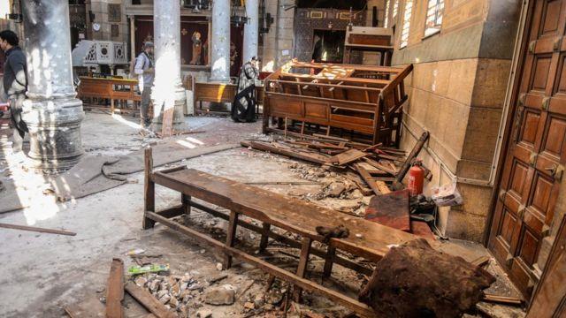 دماء ودمار جراء تفجير بكنيسة للأقباط في مصر