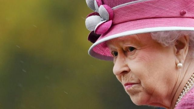 La reine Elisabeth d'Angleterre est citée dans le Paradise papers.
