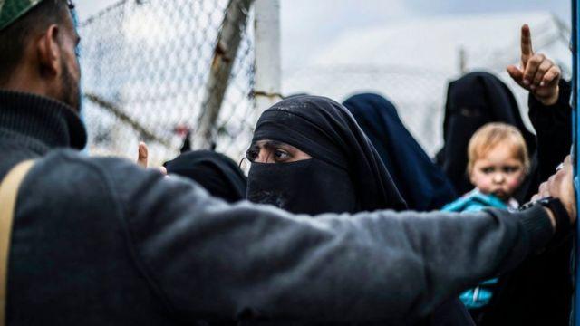 Аль-Хол - самый большой лагерь для семей боевиков ИГ
