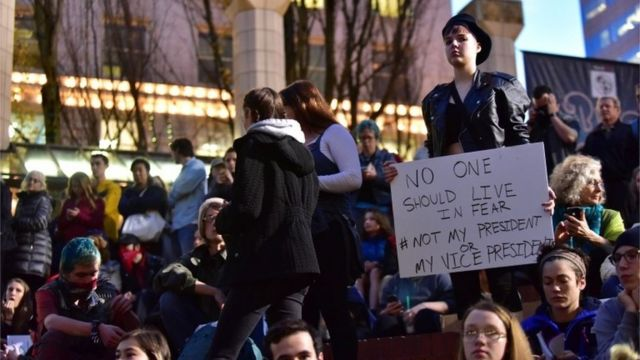 Protesters outside the courthouse in Portland, Oregon, in the US, 10 November 2016