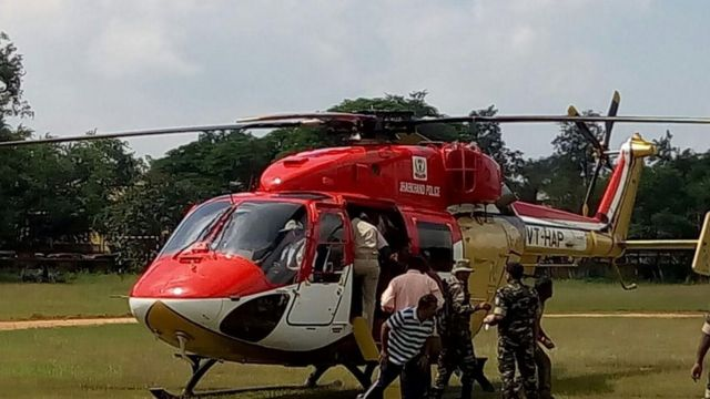 घायलों को हेलीकॉप्टर से रांची लाया गया
