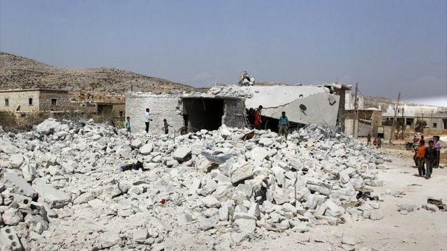 الدمار في منطقة من إدلب
