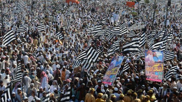 مولانا فضل الرحمان، جے یو آئی، آزادی مارچ