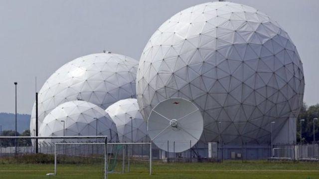 مركز الاستخبارات الألمانية للتنصت في أيبلنغ بالقرب من ميونيخ