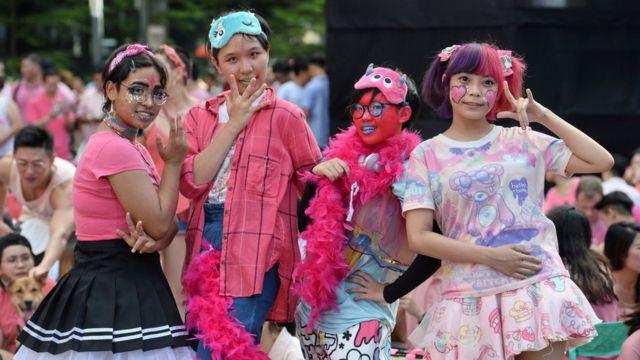 """新加坡芳林公园""""粉红点""""LGBT集会上的参加者(1/7/2017)"""