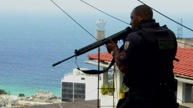 Armed policeman in Rio