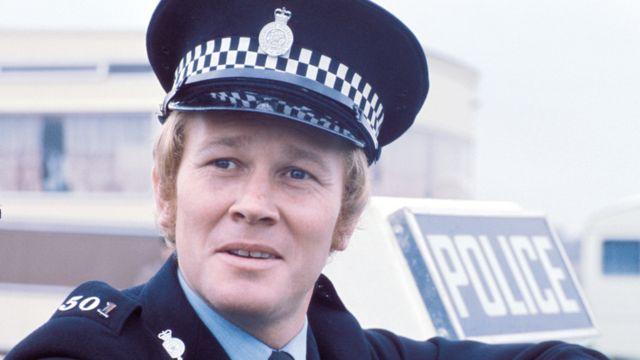Douglas Fielding: Z Cars star dies aged 73