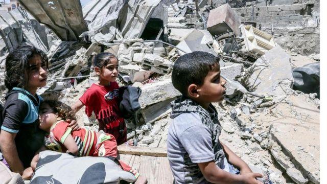 تدمير إسرائيلي واسع لقطاع غزة وجهود وقف إطلاق النار باءت بالفشل حتى الآن