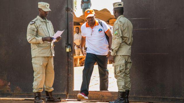 Kizito Mihigo asohoka muri gereza ya Nyarugenge ku itariki ya 15 y'ukwa cyenda mu 2018