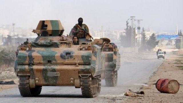 مسلحون معارضون تدعمهم تركيا في سوريا