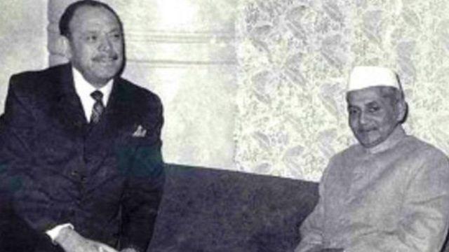 તાશકંદમાં પાકિસ્તાનના રાષ્ટ્રપ્રમુખ જનરલ અયૂબ ખાન અને લાલબહાદુર શાસ્ત્રી