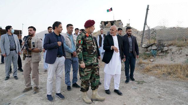 Еще 14 августа президент Ашраф Гани и министр обороны инспектировали войска в Кабуле