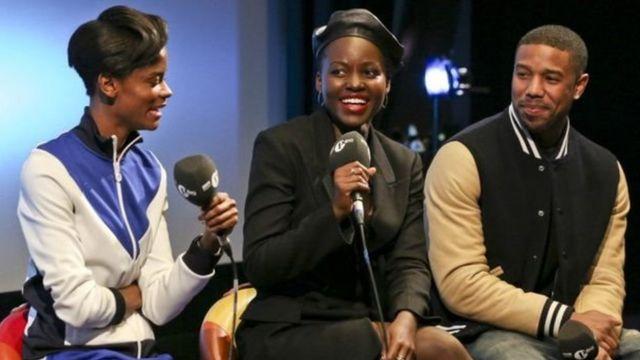 Les avteurs Letitia Wright, Lupita Nyong'o et Michael B. Jordan, lors d'une présentation du film