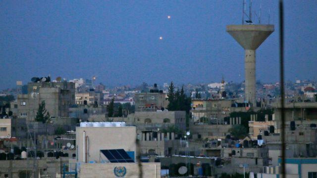 صواريخ أطلقت من غزة على إسرائيل