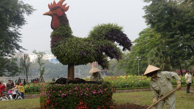 Vietnam prepares for Lunar New Year