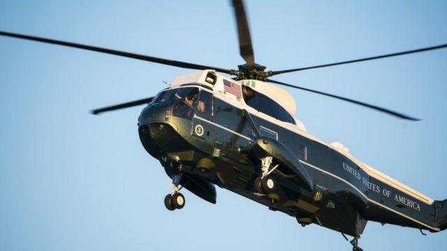 Trump en el helicóptero presidencial