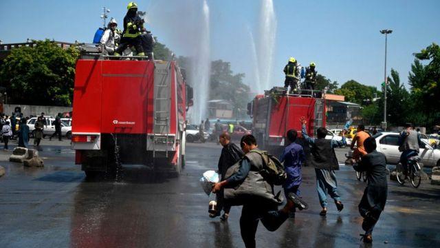 ماشینهای ضدعفونی در نزدیکی ارگ ریاست جمهوری