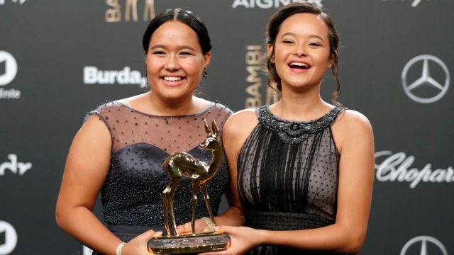 Isabel and Melati Wijsen