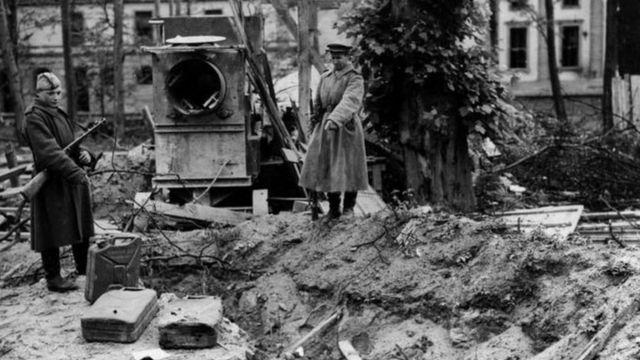 हिटलर का कथित अस्थाई क़ब्र