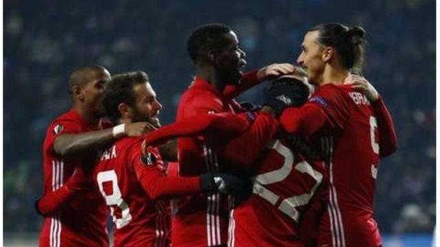 'Yan wasan Man United na murnar cin da Ibrahimovic ya yi