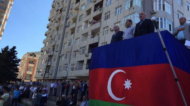Mitinq Azərbaycan dövlət himninin səsləndirilməsi ilə başlayıb