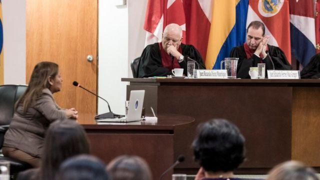 Petita Albarracín en la audiencia de la Corte Interamericana de Derechos Humanos.