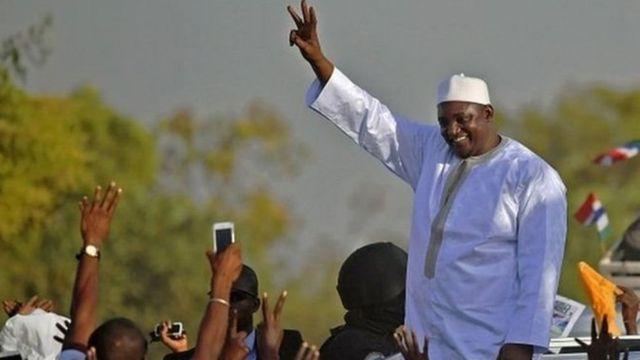 Le 18 février, lors de son investiture, le nouveau président gambien, Adama Barrow a annoncé la mise en place d'une commission d'enquête chargée de faire la lumière sur les disparitions de ces 20 dernières années.