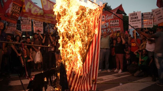 Protesta contra EEUU en Argentina