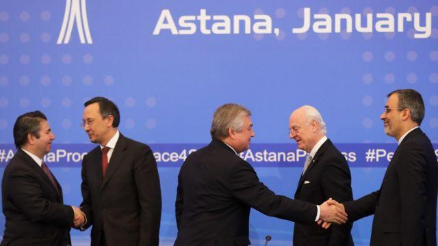 قررت إيران وروسيا وتركيا وضع آلية لمراقبة الهدنة في سوريا في ختام محادثات الآستانة
