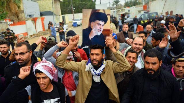 Muqtadaa Al-Sadr mudaharaadada dawlada lagaga soo horjeedo dhan buu raacay