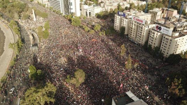 Una vista aérea de la Plaza Italia