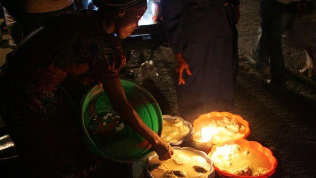 Wanawake wanauza bidhaa za ngombe Nigeria