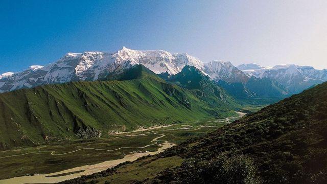 горы бутана