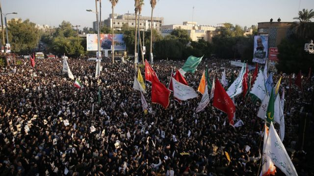 Iranians march on January 5, 2020 in the streets of the northwestern city of Ahvaz