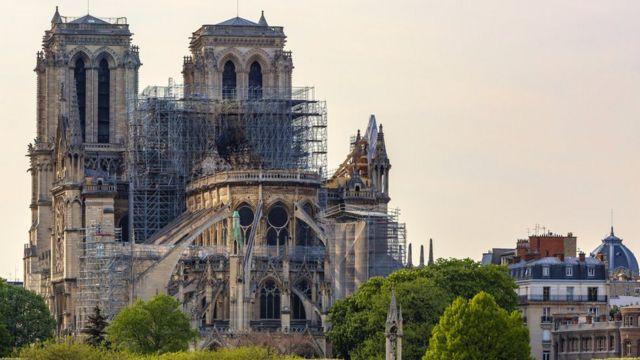 Notre Dame Los Secretos Científicos Que Asoman Un Año Después Del Incendio Que Devastó La Catedral Bbc News Mundo
