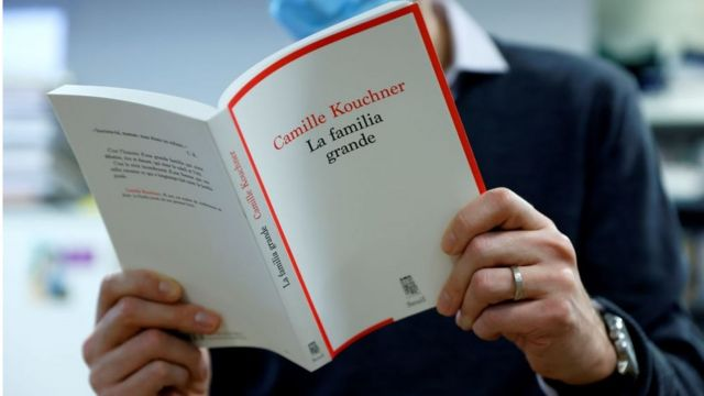 Camille Kouchner'in 'Büyük Aile' kitabı