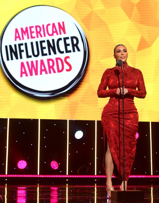 Kim Kardashian no American Influencer Awards