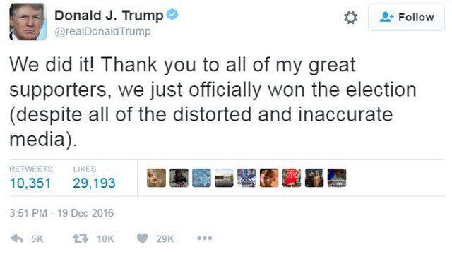 Donald Trump yakoresheje Twitter mu gushimira abamushigikiye no mu kunegura ibimenyeshamakuru